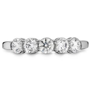 Picture of Multiplicity Love 5-Stone Band .30tw